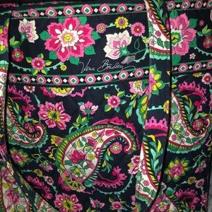 Vera Bradley Tote Bag with Magnetic Snap closure